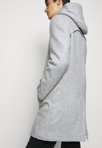 DRYKORN - SECSET - Short coat - grau - 3
