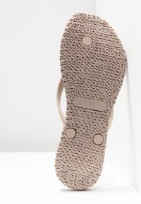 Ilse Jacobsen - CHEERFUL - Pool shoes - atmosphere - 6