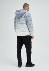 PULL&BEAR - Winter jacket - light grey - 2