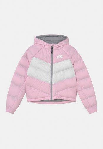 Giacca invernale - pink foam/white/lt smoke grey