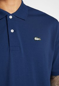 Lacoste LIVE - PH8027-00 - Polo shirt - methylene - 5