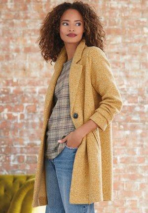 COATIGAN - Classic coat - yellow