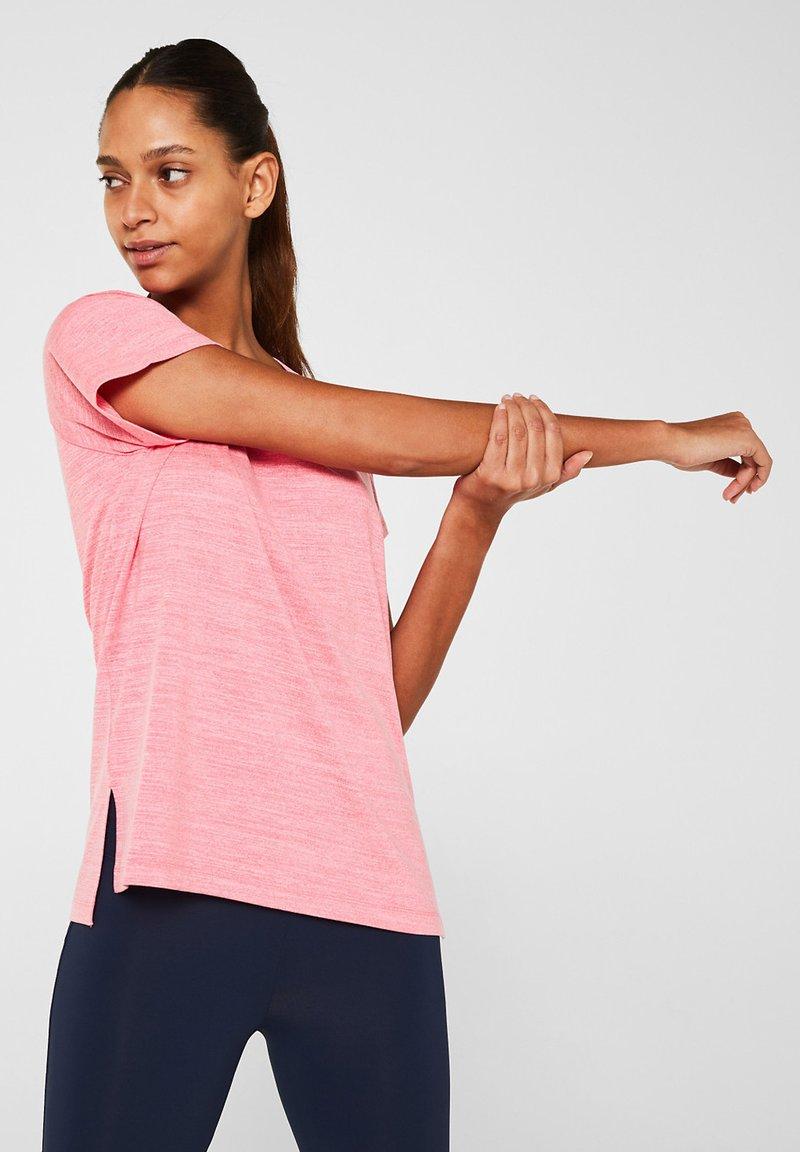 Esprit Sports - Print T-shirt - coral