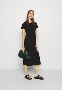 GAP - CREW MIDI DRESS - Jersey dress - true black - 1