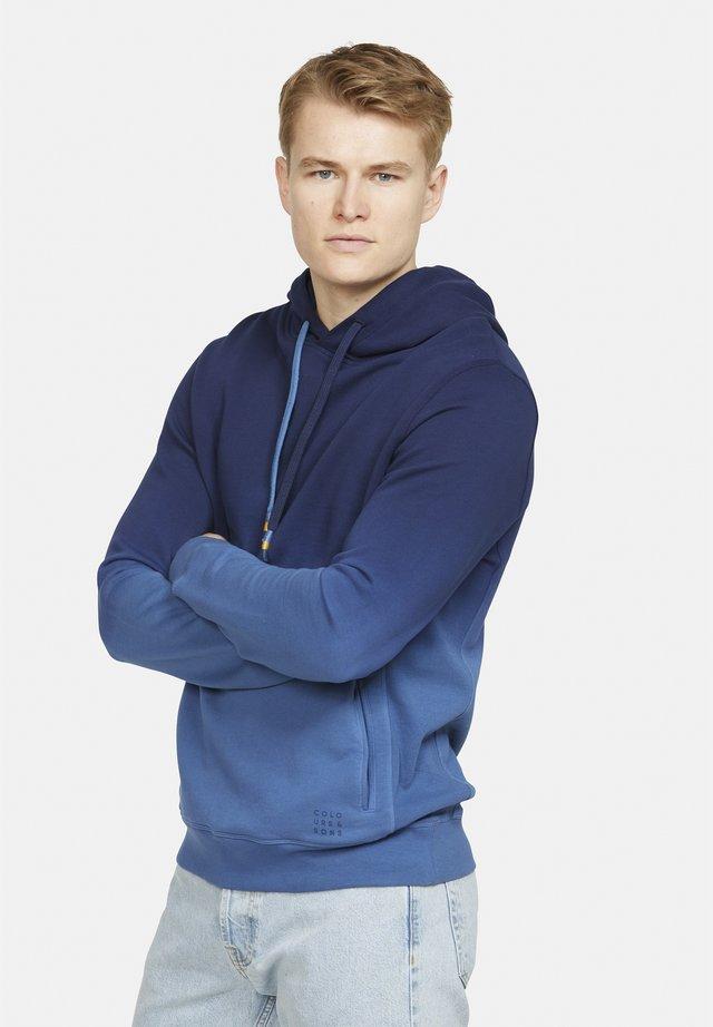 IGGY - Hoodie - blau