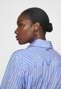 Liu Jo Jeans - ABITO CAMICIA STRIPES - Shirt dress - blue wave - 3