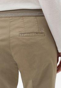 BRAX - STYLE MARON - Pantalon classique - khak - 4