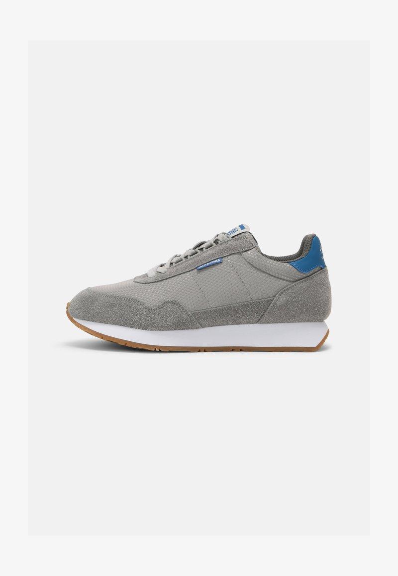 Jack & Jones - JFWZEPHYR - Sneakersy niskie - frost grey