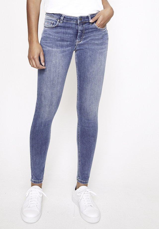 ZOE - Jeans Skinny Fit - hellblau