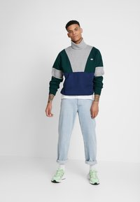 adidas Originals - Bluza - blue / grey - 1