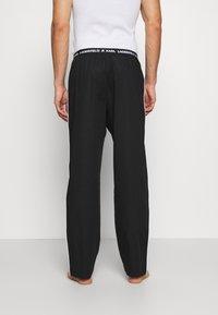 KARL LAGERFELD - SINGLE PANTS - Pyžamový spodní díl - black - 2