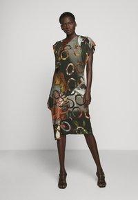 Vivienne Westwood - SLBROKEN MIRROR DRESS - Robe de soirée - multi-coloured - 0