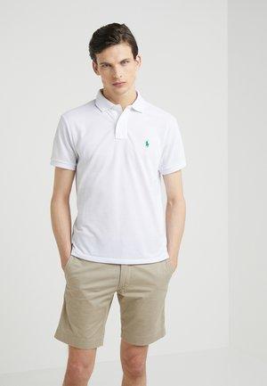 SLIM FIT - Poloshirts - white