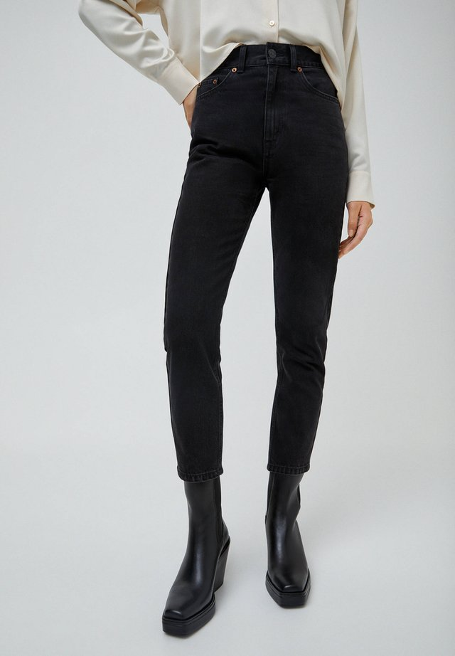 MOM - Jeansy Slim Fit - black