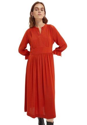 Day dress - rust