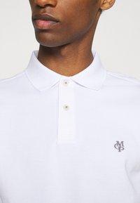 Marc O'Polo - SHORT SLEEVE BUTTON - Polo shirt - white - 4