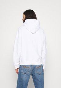 Calvin Klein Jeans - MICRO BRANDING - Huppari - white - 2