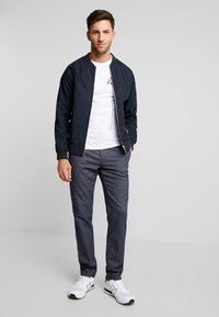 Tommy Hilfiger - DENTON LOOK - Chino - blue - 1