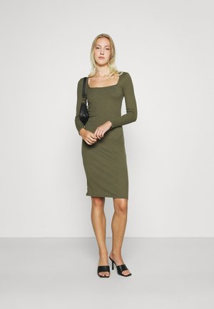 VMPOLLY SQUARE NECK DRESS - Shift dress - ivy green
