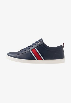 CHASE TRAINER - Sneakers laag - navy