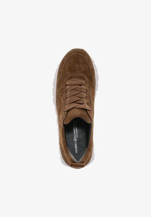 Trainers - wood
