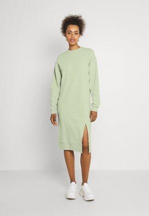 SWEAT - Midi slit dress - Robe d'été - light green