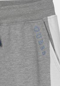 Guess - JUNIOR ACTIVE  - Pantaloni sportivi - light heather grey - 2