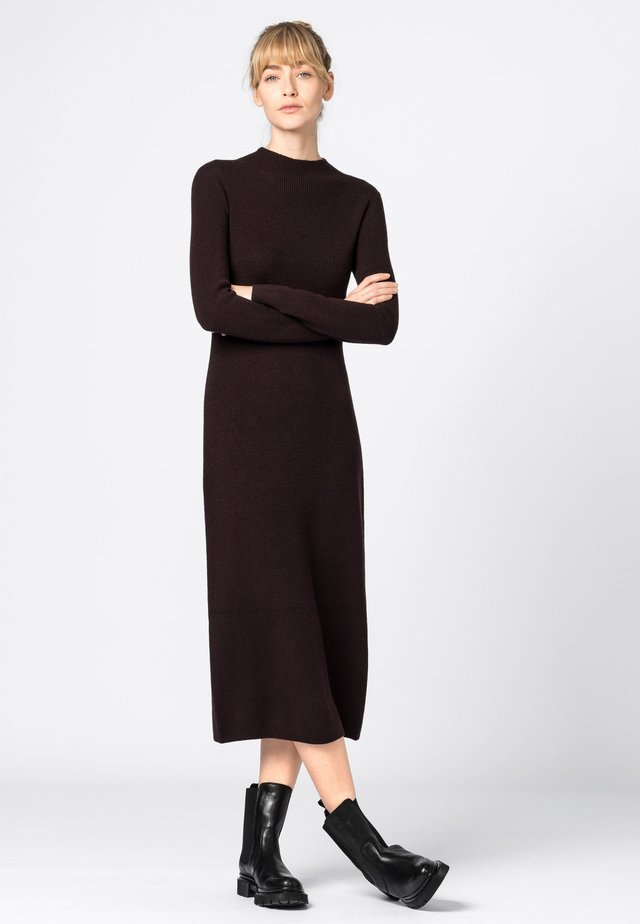 Jumper dress - aubergine