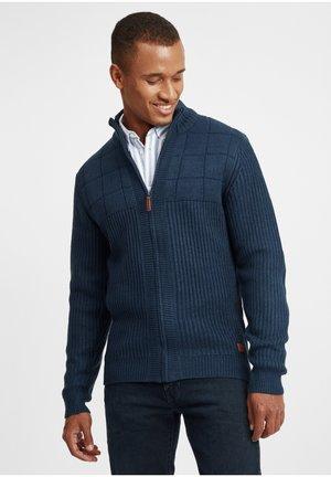OTEROS - Vest - dress blues