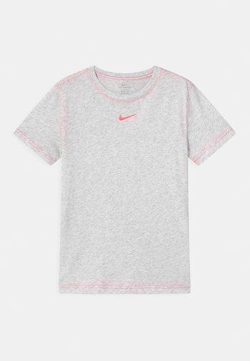 Basic T-shirt - birch heather/sunset pulse