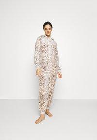 Loungeable - LEOPARD PRINT LUXURY ONESIE EMBROIDERED HOOD - Pyjamas - brown - 0