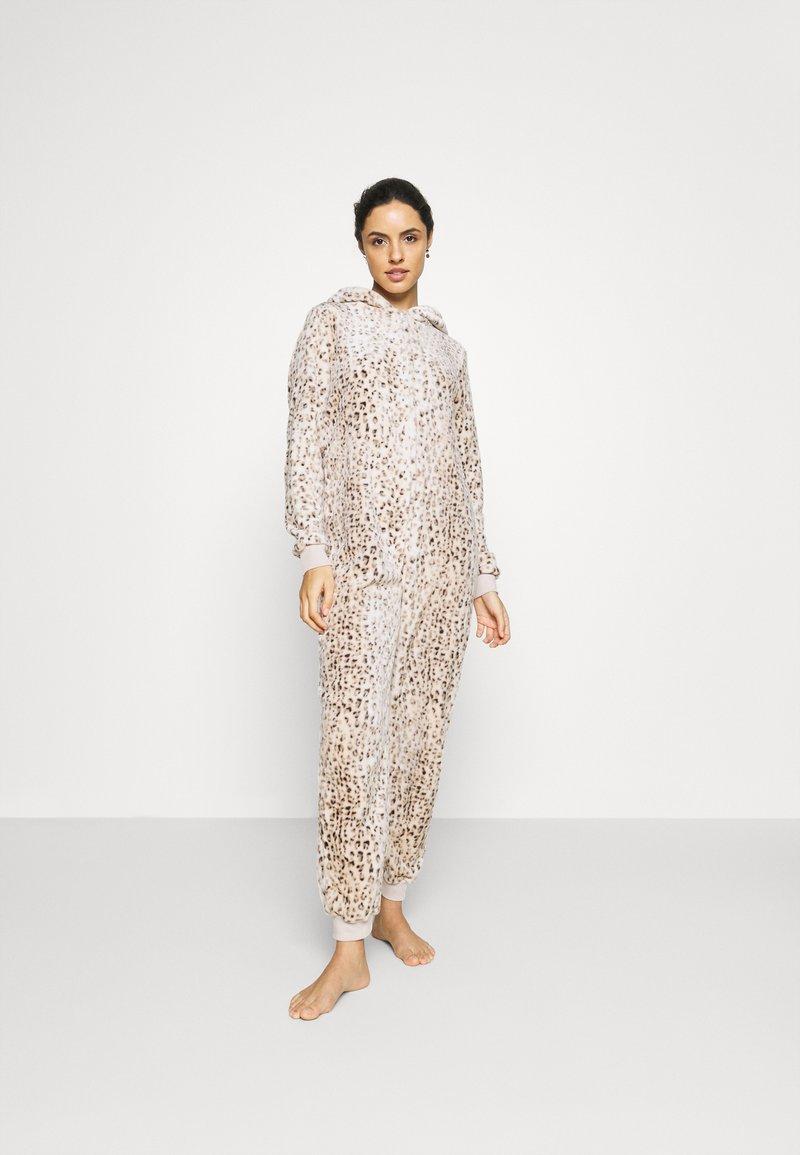 Loungeable - LEOPARD PRINT LUXURY ONESIE EMBROIDERED HOOD - Pyjamas - brown