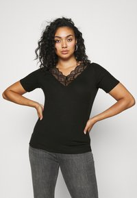 Vero Moda Curve - VMAVA V-NECK - Print T-shirt - black - 0