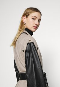 4th & Reckless - JAGGER JACKET - Trenchcoat - taupe/black - 6