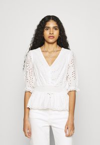 Dorothy Perkins - APRICOT BRODERIE HEM - T-shirts med print - ivory - 0