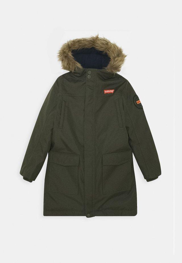 LONG UNISEX - Zimní kabát - olive night