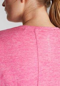 Esprit Sports - CURVY MELANGE - Basic T-shirt - pink fuchsia - 2