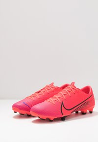 Nike Performance - MERCURIAL VAPOR 13 ACADEMY FG/MG - Moulded stud football boots - laser crimson/black