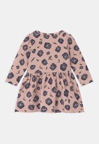 Name it - NMFDAVI - Day dress - adobe rose - 1