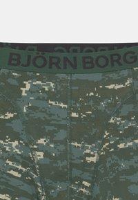 Björn Borg - DIGITAL WOODLAND SAMMY 2 PACK - Underkläder - duck green - 3
