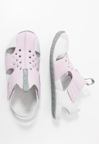 Nike Performance - SUNRAY PROTECT 2 UNISEX - Sandály do bazénu - iced lilac/particle grey/photon dust - 0