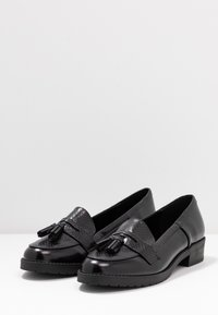 Dorothy Perkins - LITTY LOAFER - Scarpe senza lacci - black - 4