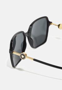 Versace - Aurinkolasit - black - 2