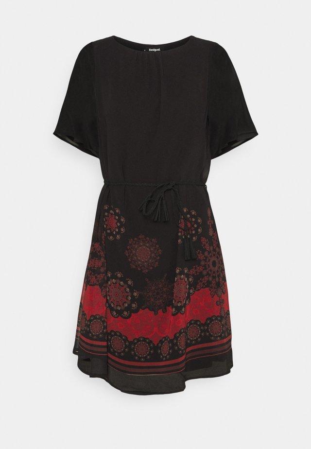 VEST TAMPA - Denní šaty - black