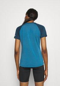 Zimtstern - HEARTZ TEE - Print T-shirt - blue steel/french navy - 2