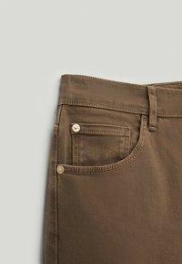 Massimo Dutti - Slim fit jeans - brown - 5