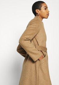 Selected Femme - SLFMELLA COAT - Classic coat - tigers eye - 5