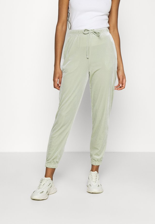 PCGIGI PANTS - Trainingsbroek - desert sage
