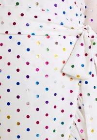 Never Fully Dressed - RAINBOW SPOT WRAP DRESS - Vestido informal - white - 5