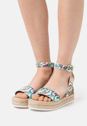 PATINA CARIOCA - Platform sandals - blanc/multicolor